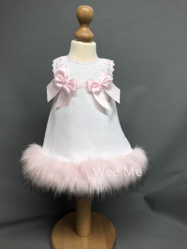 New Arrival Gorgeous Baby Girl White Spanish Dress with Pink Fur Bottom